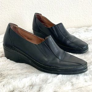 Spring Step Black Leather Comfort Slip On Loafers